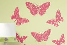 Butterfly Theme Wall Decorations / Beautiful butterfly wall stickers and borders to make any room super girly!