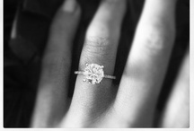 engagement rings / by Kylie Goodman