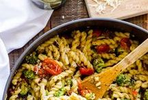 Pasta please! / Delicious pasta recipes.