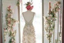 Wedding Dresses / Wedding dress prettiness.