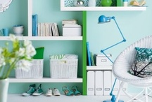 Organization ideas / Ideas to help inspire an organized home. And maybe just maybe I will try one of these ideas some day.