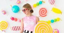 Backdrops and photo booth displays / Backdrops can make any special occasion pictures to the next level. A collection of inspiring backdrops for weddings, baby showers, birthday parties and stylized events.