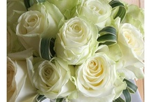 Wedding Flowers / Brides bouquets, wedding flowers... Ideas and colours