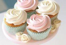 Cupcakes / Cupcakes / by Ana La Guinda