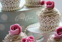 Cupcakes / by aZ pirations