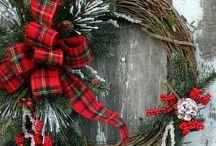 Wreaths / by Jeanne Minson