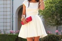 Rehearsal Dinner Style / Style inspiration and dresses for the bride at her wedding rehearsal dinner.