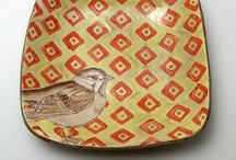 plates = porcelain, bonechina, ceramic