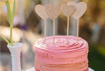 Wedding Cakes / Wedding cakes inspiration -- because you have to have a great cake at your reception!
