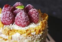 delicious foods / by iaskara HAUS STUDIO