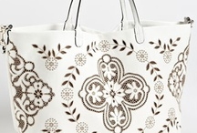 Bags / by Jeanne Minson
