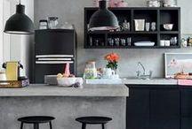 Beton / De beton look is niet meer weg te denken uit een trendy interieur. De combinatie van het ruwe van beton met het strakke van de populaire moderne keuken geeft een prachtig contrast in je interieur.
