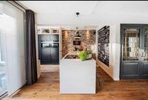 Keukens geplaatst door onze specialisten / Onze specialisten hebben liefde voor het vak en jarenlange kennis, mede hierdoor plaatsten zij deze prachtige droomkeukens bij hun klanten.