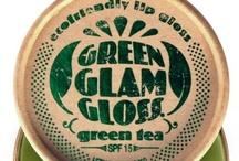 Green Glam - Ecologiquement belle / Ce n'est pas parce qu'on a une sensibilité écologique que l'on ne peut pas se faire belle ! Ce tableau regroupe des petits trucs pour se faire belle tout en respectant la planète. ! - Be beautiful and eco-friendly, it's possible! That's #greenglam