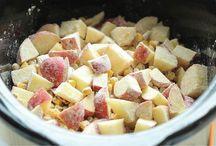food & recipes - crockpot / by Suzette Spencer