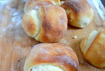 food & recipes - breads / by Suzette Spencer