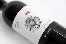 | Etiqueta y botellas de vino | Label and wine bottles | / El diseño en las etiquetas y botellas de vino de todo el mundo. | The design on the labels and bottles of wine from around the world. / by Paco Almeida