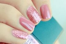 Nail Art / Need some nail art inspiration? Many of us admire nail art designs but are scared to do it on our own nails because we think it is a complex art. Get ready for some manicure magic as we bring you the hottest nail designs! | Nail art | Nail art ideas | Nail art designs | Nail art DIY | Easy Nail art