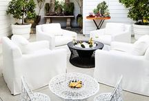 Outdoor Spaces / More and more families are moving their living rooms outside, so why not do it in style? No matter the size of your yard, your outdoor living spaces will work better. Here you can find design inspiration for your outdoor space!  | Outdoor spaces | Outdoor spaces ideas | Outdoor spaces on a budget | Luxury outdoor spaces | Amazing outdoor spaces | Cozy outdoor spaces | Outdoor spaces patio | Outdoor spaces with pool | Modern outdoor spaces | Beautiful outdoor spaces | Relaxing outdoor spaces