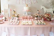 Baby Shower Ideas / A baby is a bit of heaven sent down to earth. Check out our baby shower ideas for awesome inspiration for baby shower decorations, baby shower games, baby shower favors and more for your baby shower party!  | Baby shower | Baby shower ideas | Baby shower themes | Baby shower games | Baby shower bliss | Baby shower ideas for girls | Baby shower ideas for boys | Girl baby shower | Princess baby shower | Boy baby shower | Baby shower food | Baby shower decorations | Baby shower gifts