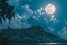 La Luna / by Angela D.