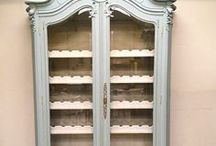Painted cabinets/furniture / Interior design and decorating ideas using painted cabinets and furniture