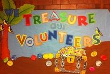 PTA Bulletin Boards / Fun ideas to attract attention to your PTA/PTO activities, and inspire some volunteers!