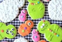 Halloween PTA PTO Fundraising Ideas / Craft, baking and decorating Ideas for PTA and PTO Halloween fundraisers