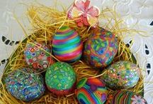 Easter craft and PTO PTA fundraising ideas / Ideas and inspiration for art and crafts to with Easter. Fun for kids to make or for school PTAs to create and sell to raise funds.