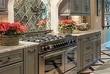 French Home Decor style / Interior design and decorating ideas with the French style