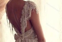 my dream wedding dress! / by Alexis Sharpe