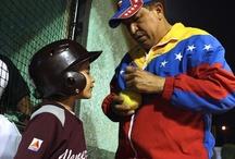 Hugo Chávez: un hombre dedicado al deporte / by Lider En Deportes