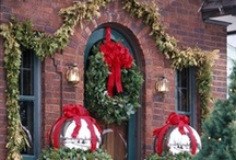 DECORATE Christmas  / by Suzanne Brown