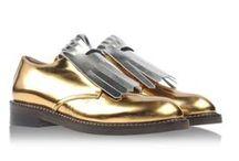 Complementos - SHOES & BAGS / Échale un vistazo a estos complementos: zapatos, sneakers, bolsos, clutch...