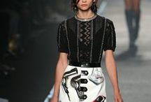 Pasarelas · Models / Las claves de las Semanas de la Moda y los desfiles de todo el mundo.