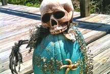 Fall Holidays at the Beach House - Coastal Halloween / Our favorite tropical autumn holiday ideas - Sirenia Style! http://www.annamariaislandhomerental.com https://www.facebook.com/AnnaMariaIslandBeachLife Twitter: https://twitter.com/AMIHomeRental / by Anna Maria Island Beach Life