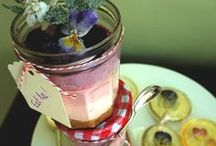 Wedding Jam Jar Ideas / Lots of creative things to do with jam jars to make your celebration unique