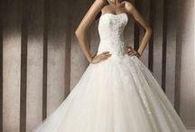 Hääpukuja / En ole menossa naimisiiin, mutta pidän kauniista häämekoista. :)
