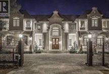 Toronto Luxury Real Estate / Luxury homes in Canada on the rise!  Canada's luxury home market on a clear, upward trajectory. Toronto recently ranked 12th in the WORLD for the best luxury real estate. Take a look at these homes and you will understand why.