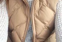 Coats/sweaters/hoodies / by Michelle Bennett