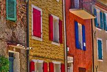 Talot saunat liiterit palatsit / Liiterin näkösistä tönöistä kojuista taloihin kirkkoihin ja palatseihin!