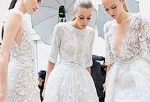 White Christmas   Emmy London / Sensational wedding and bridal ideas. For gorgeously festive weddings!
