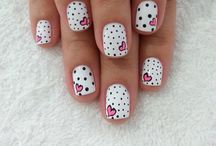 Nail Designs / by Hannah Duell