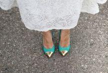 Turquoise & Gold Beach Wedding / by Michelle Edgemont
