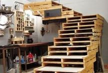 Wood Pallets / DIY projects for the home and garden made with recycled wood pallets.