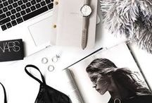 Flat Lay Inspo / We all love flat lays, this is a collection of my favourite flat lay inspo!