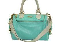 Bolsas que ♥ / Disponíveis para compra em www.maviestore.com