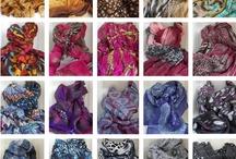 Shawls, hoe draag je ze? Tips & Tricks / Draag een shawl als riem, haarband, omslagdoek, hoofddoek of gewoon lekker om je hals en je ziet er steeds weer verrassend uit!   Zelfs wanneer je een shawl 'gewoon' om je hals draagt kun je dat op heel veel verschillende manieren doen....laat je inspireren!