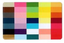 Moodboard Lentetype / Warme en heldere kleuren in kleding en make-up laten het lentetype stralen.