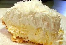 * Desserts / Pies / by Bobby Lynn